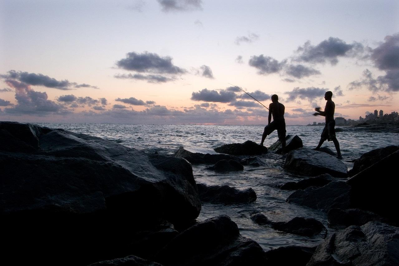 Outubro de 2008. Pescadores em São Salvador da Baía