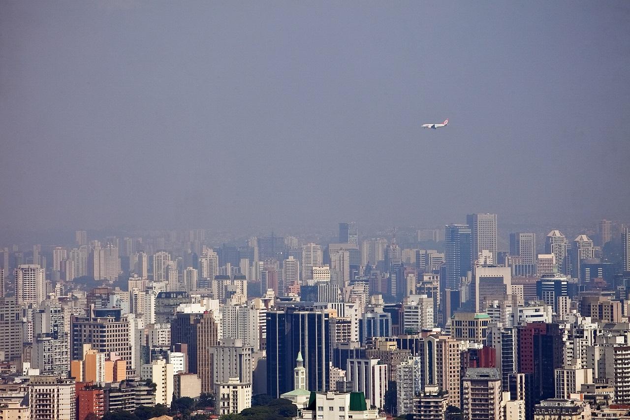 Maio de 2011. Vista de São Paulo a partir do Hotel Tivoli São Paulo – Mofarrej
