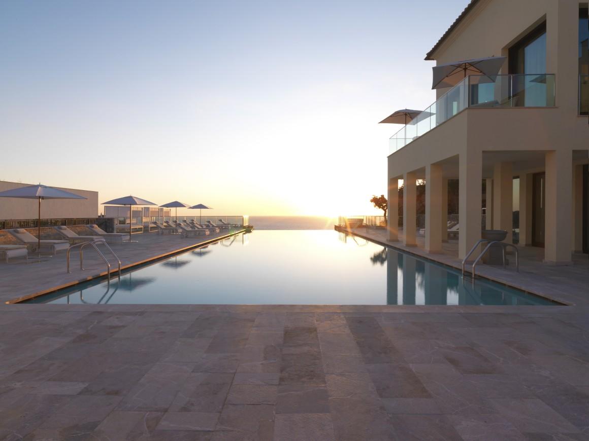 8. Jumeirah Port Soller Hotel & Spa – Maiorca, Espanha.jpg
