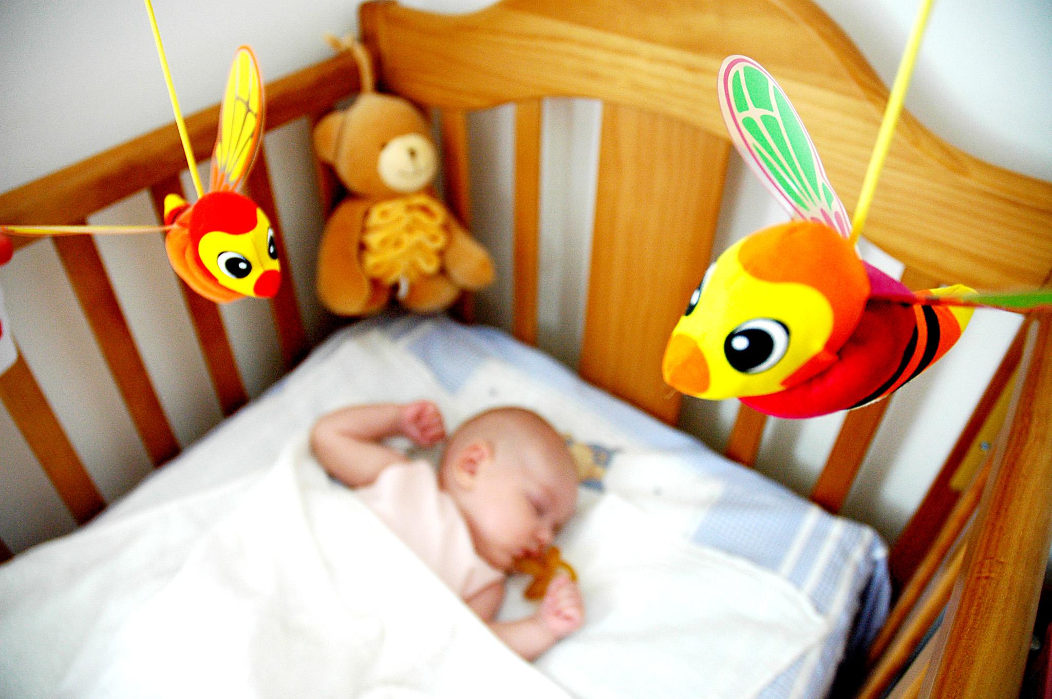 A imagem tranquila de um filho a dormir pode ser quase impossível para alguns pais