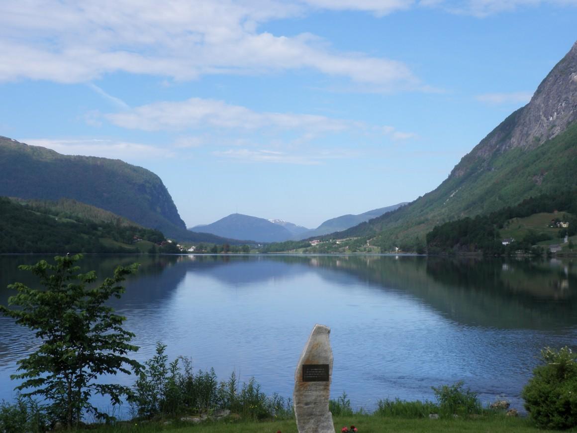Bergen vista de Floi
