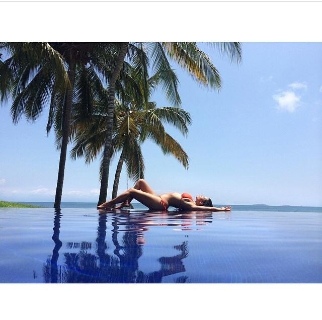 """A socialite Kim Kardashian, a rainha das selfies, esteve de férias no México. No último dia partilhou uma foto com a legenda """"Vou ter saudades"""""""
