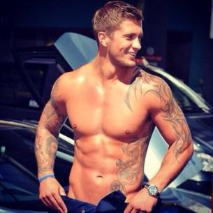O modelo Dan Osborne, célebre por participações na tv britânica, é identificado como um verdadeiro spornosexual