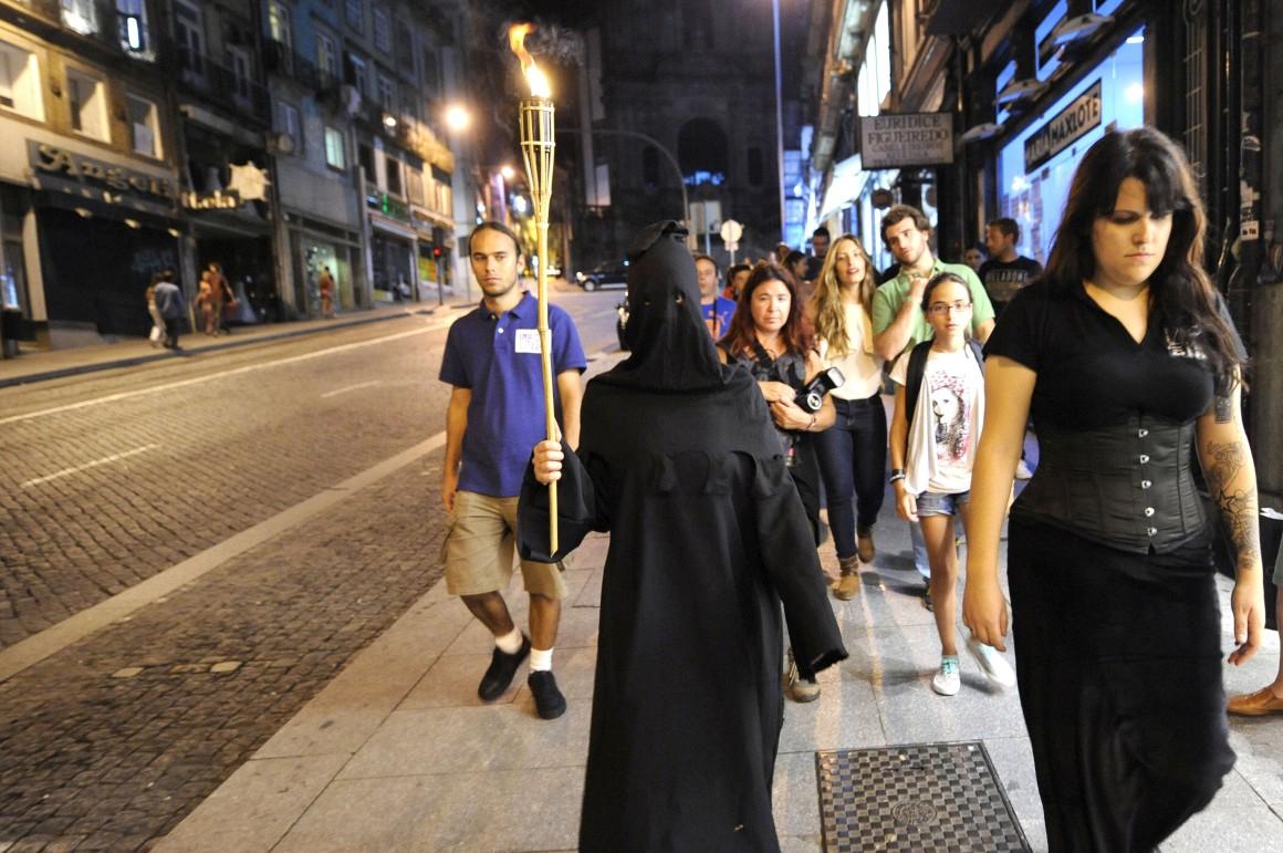 Pelo Porto, numa visita guiada de arrepiar