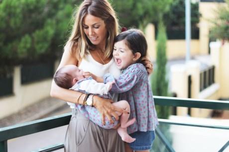 Fernanda Velez com as filhas Carlota e Carminho