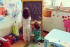 Vera Agostinho fotografa as actividades diárias dos filhos Maria e Miguel
