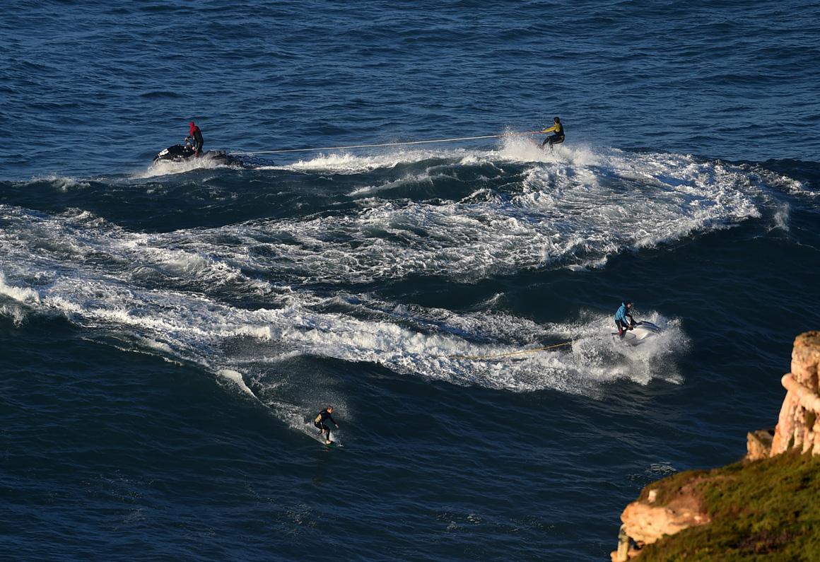 Jet skis em acção na Praia do Norte