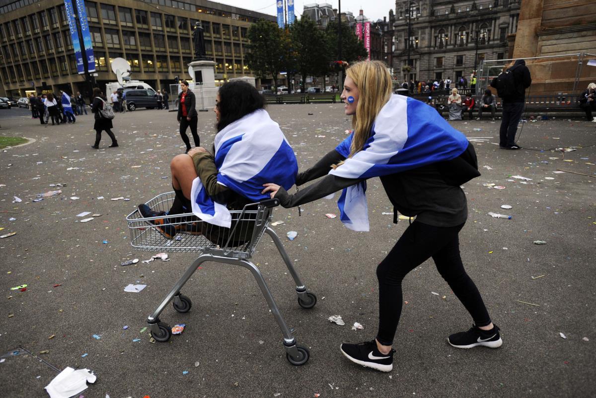 Apoiantes da independência em Glasgow, depois do referendo