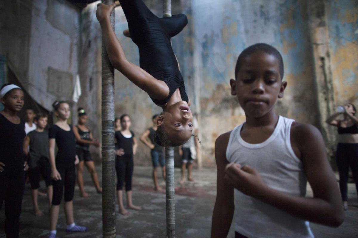 Escola circense em Havana, Cuba
