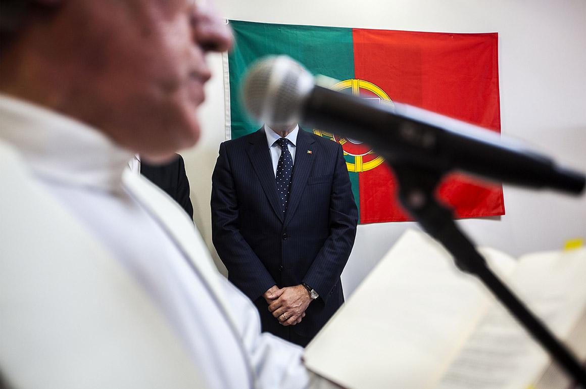 Primeiro-ministro, Pedro Passos Coelho, e ministro da Educação, Nuno Crato, na inauguração do centro escolar de Forjães