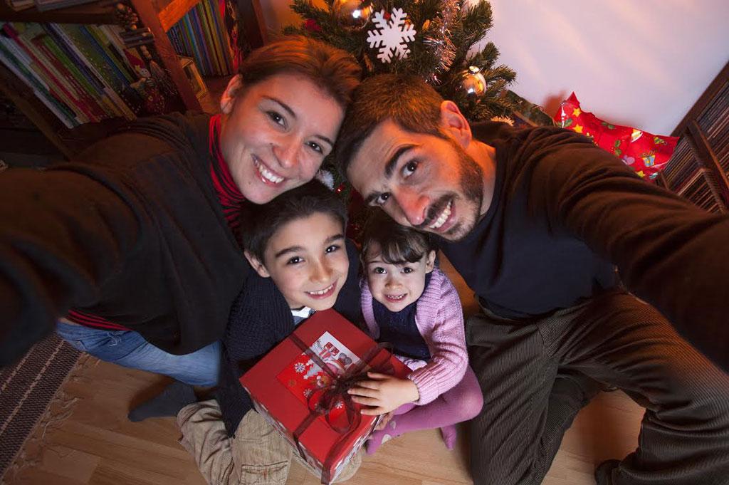 E se no Natal as crianças recebessem mais valores e menos prendas?