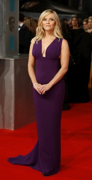 A norte-americana Reese Witherspoon optou por um vestido Stella McCartney
