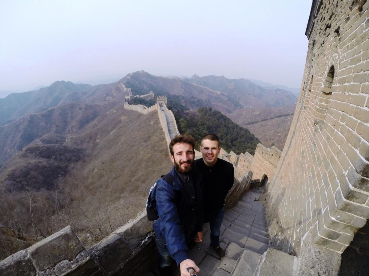 Uma das primeiras imagens da viagem, esta semana, na Grande Muralha da China