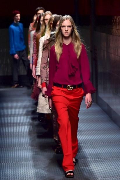 82e1c0730 Cores primárias e pastel na semana da moda de Milão - Life&Style