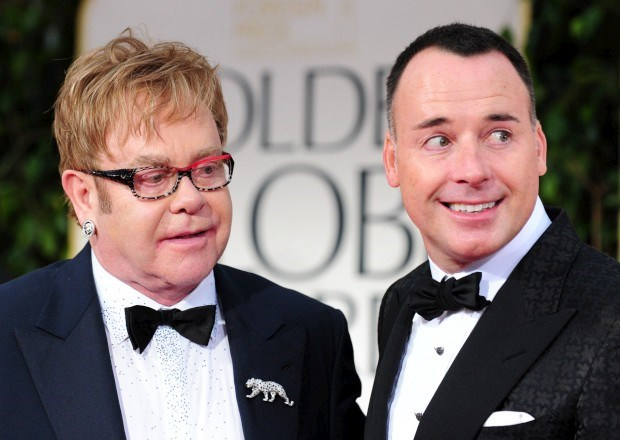 Elton John e o marido David Furnish