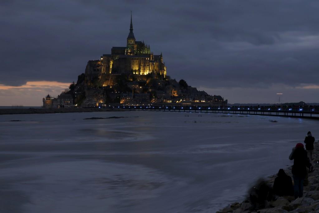 O Monte Saint-Michel foi um dos locais mais procurados pelos franceses neste sábado