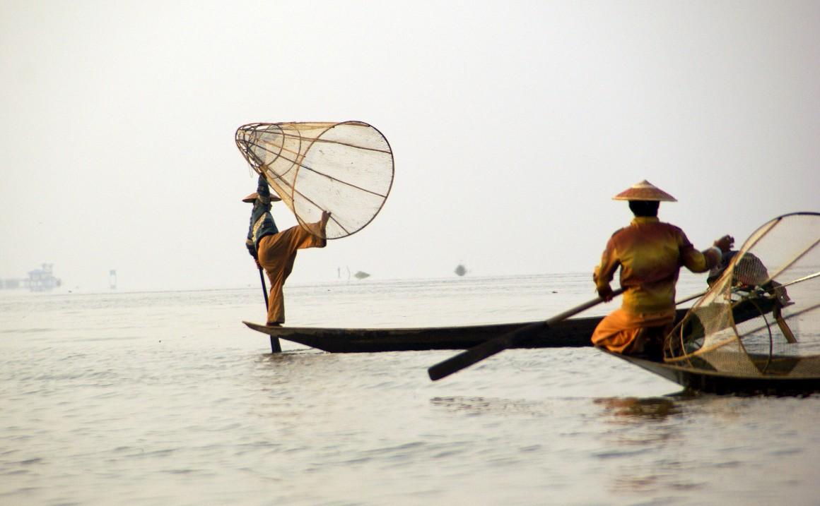 Birmânia, um lago e a vida