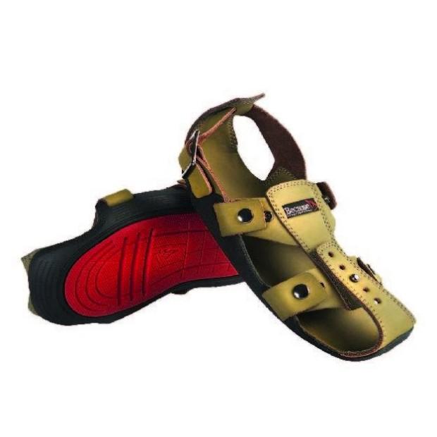 Um sapato que cresce cinco tamanhos e dura vários anos
