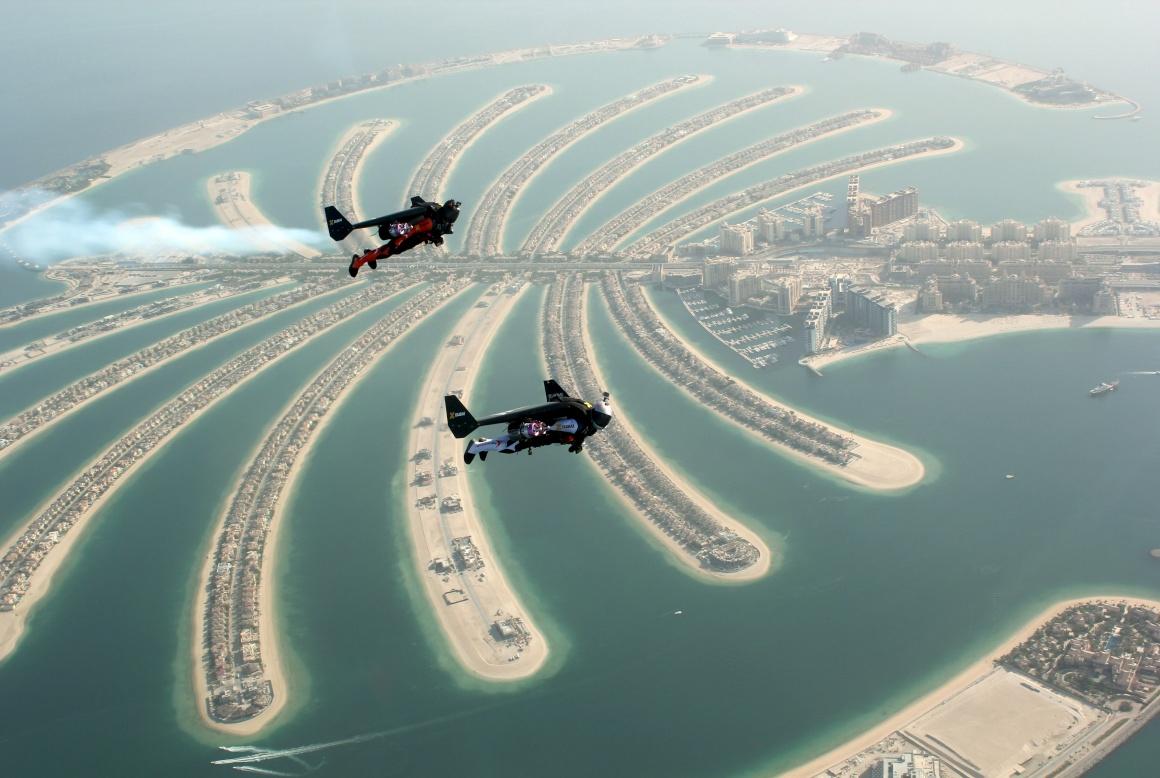 Rossy com companhia, a de Vince Reffett, no Dubai
