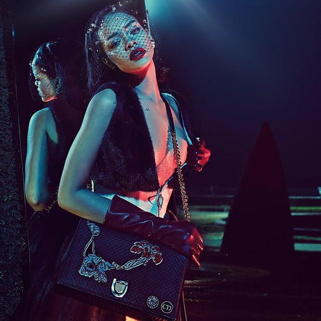Rihanna em Versalhes na primeira campanha para a Dior