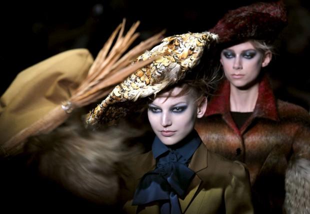 Casa de moda John Galliano tem novo logótipo e uma nova linha