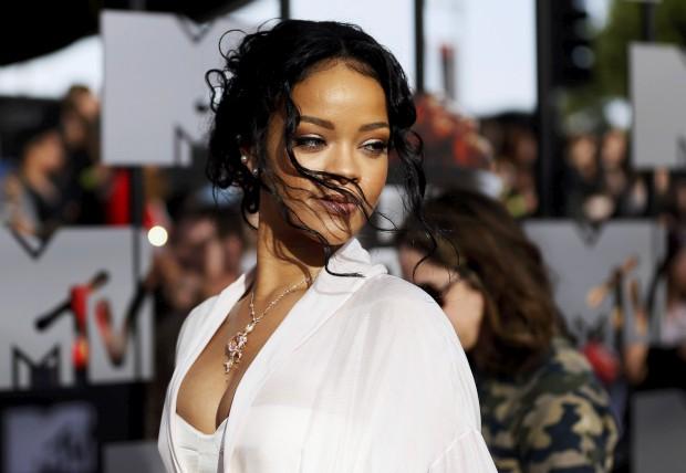 Rihanna vai lançar uma marca própria