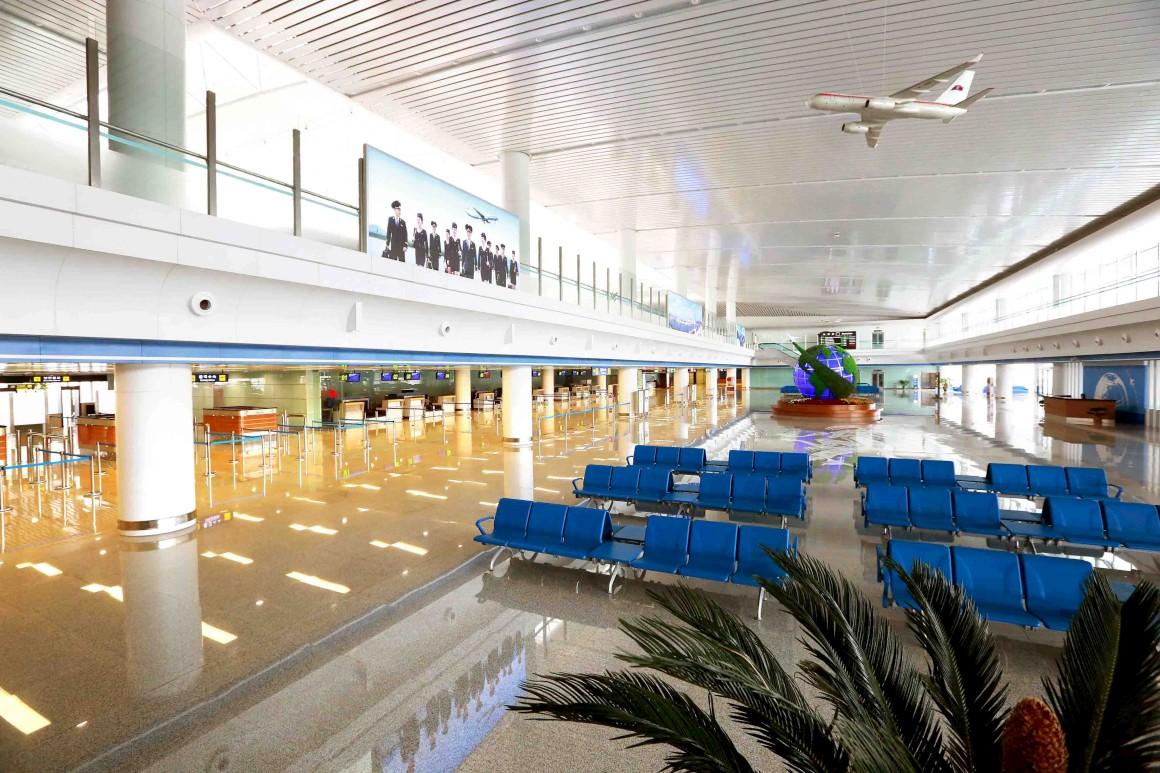 No novo terminal, sala de embarque