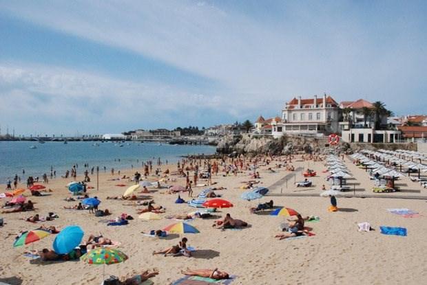 A praia da Conceição, em Cascais, é considerada uma das mais acessíveis do país