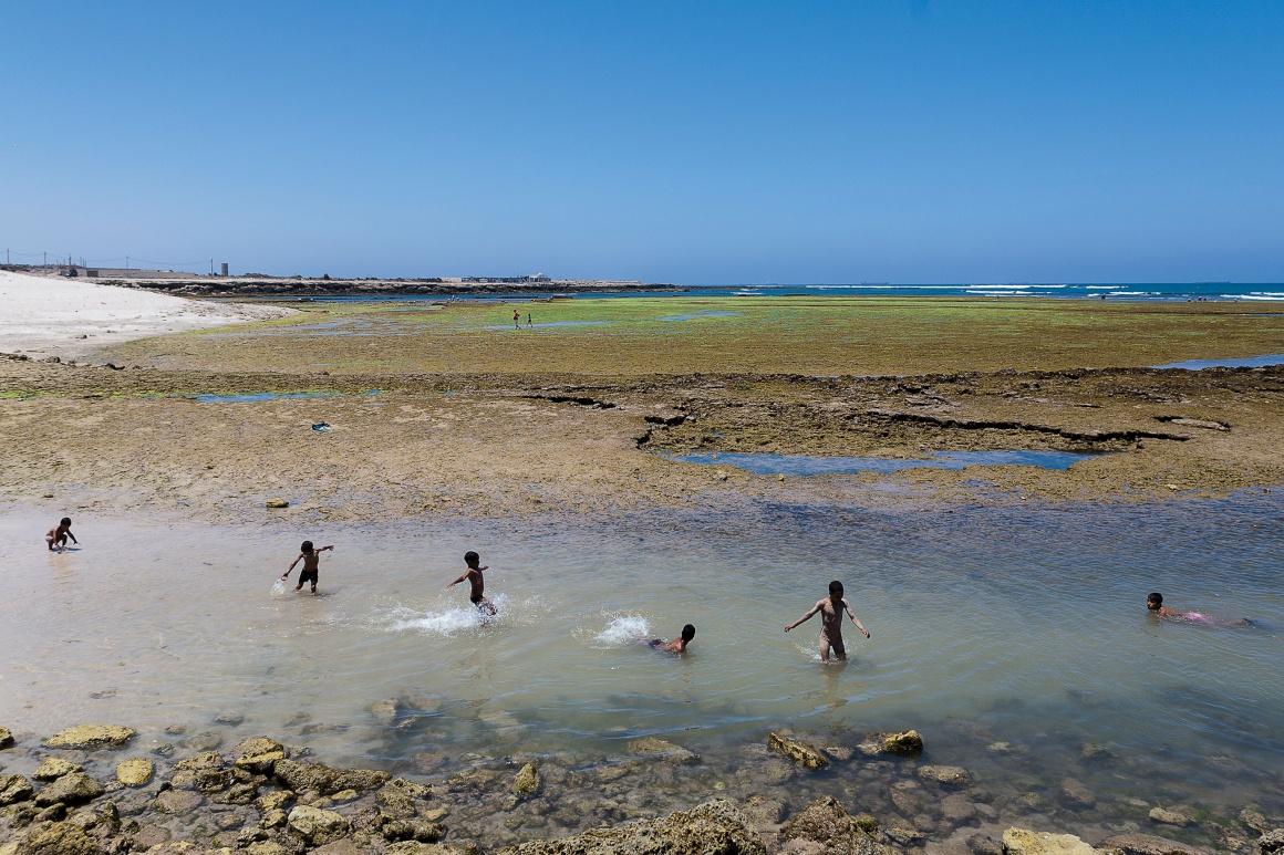 a costa nas proximidades de Oualidia