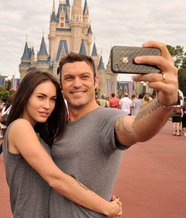 O casal durante uma viagem à DisneyWorld