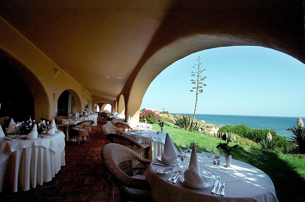 Melhor restaurante de hotel de alta gastronomia:Vila Joya Hotel Restaurant @ Vila Joya