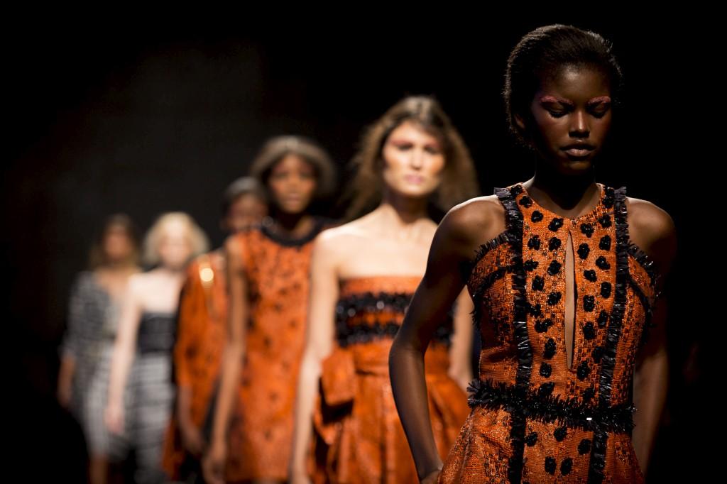 Nuno Baltazar em África no último dia de Verão do Portugal Fashion