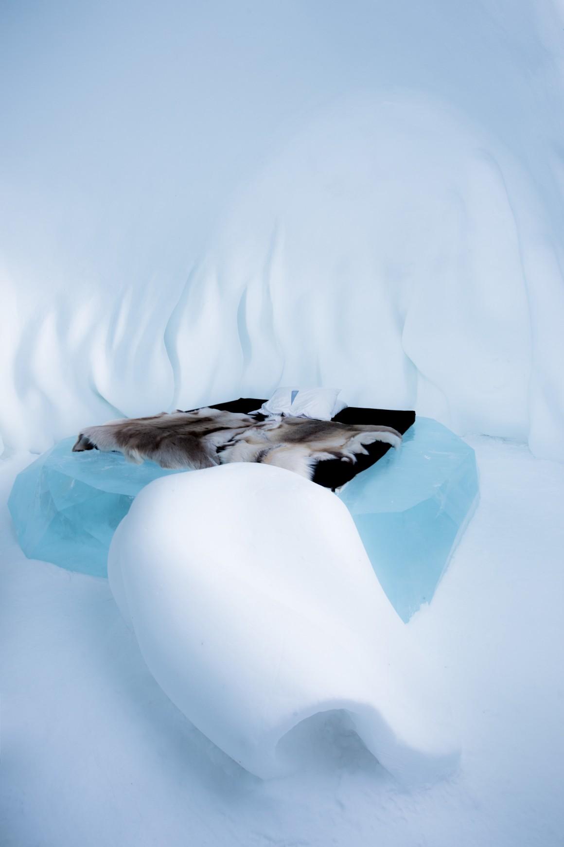 Art Suite: Hibernate. Design: Wouter Biegelaar & Viktor Tsarski.