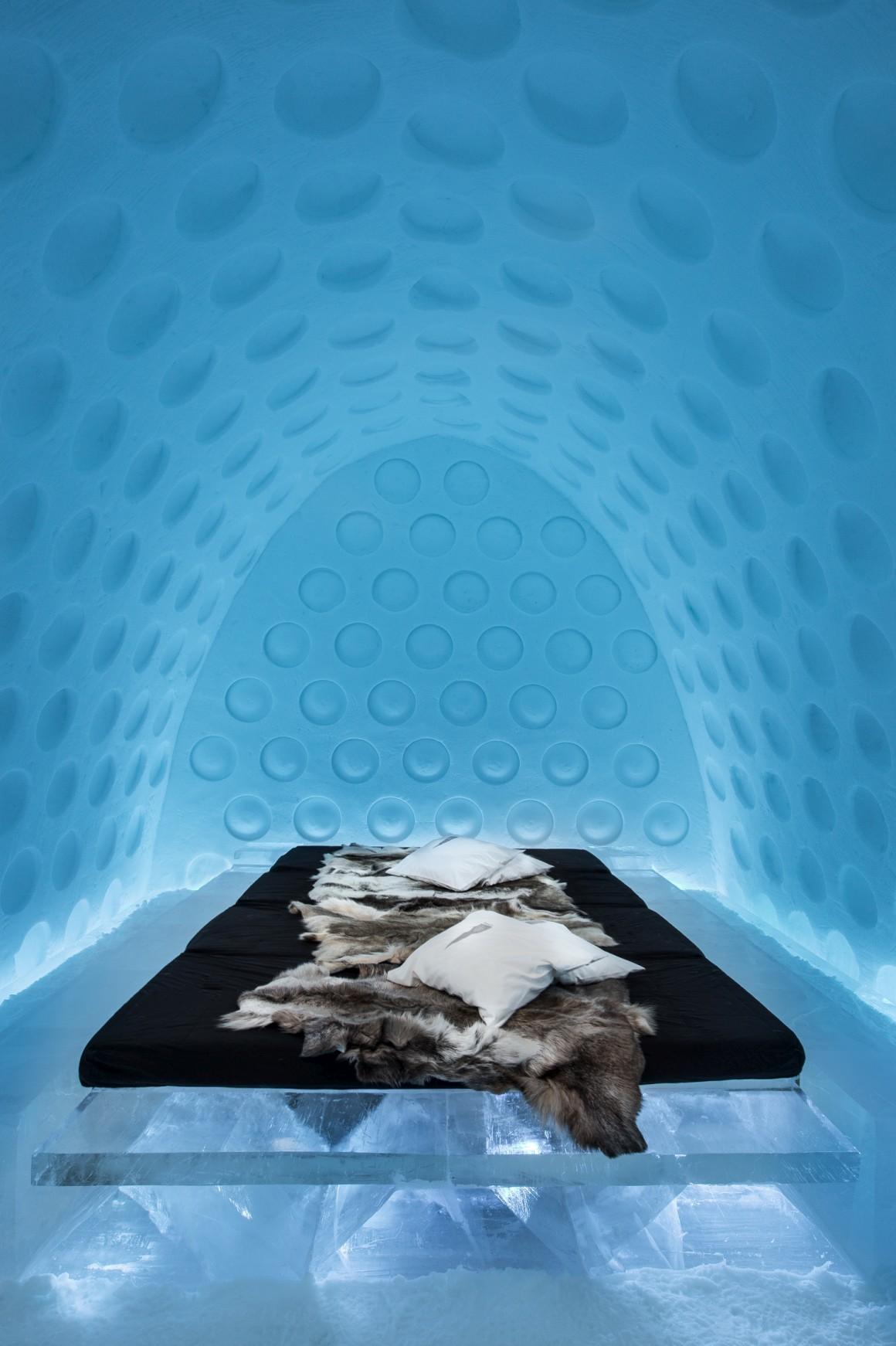 Under the Arctic Skin by Rob Harding & Timsam Harding.