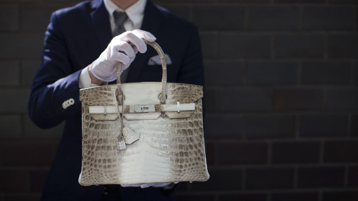 Mala da Hermès é melhor investimento do que acções ou barras de ouro