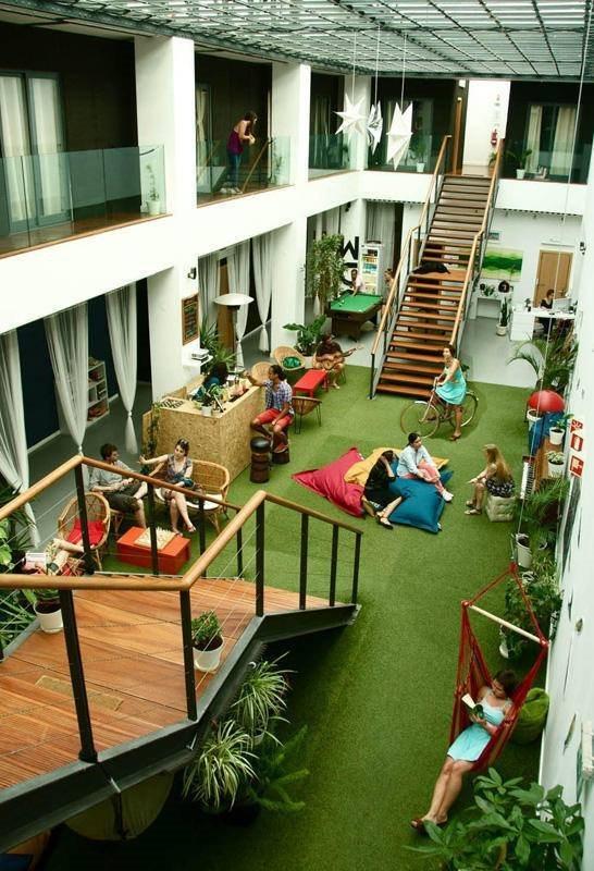 Melhores hostels médios: 6. Lisbon Destination (na estação do Rossio, Lisboa)