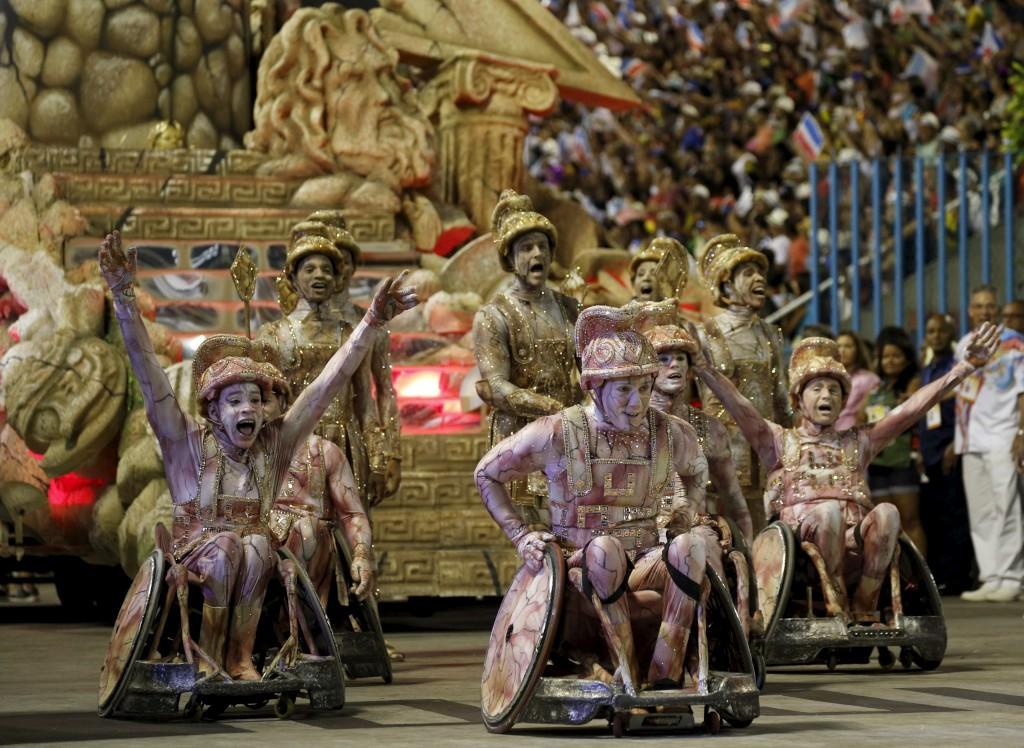 União da Ilha durante o desfile de Carnaval no Sambódromo, Rio de Janeiro