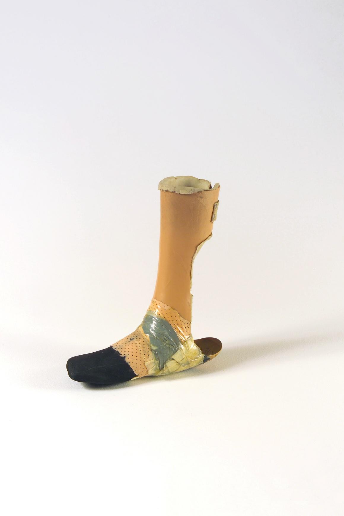 Uma das peças mais curiosas, esta prótese é de Zagreb.