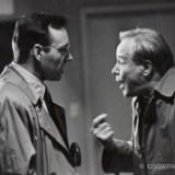Com Jack Lemmon no filme Sucesso a Qualquer Preço (de James Foley, 1992)