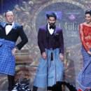 No 15.º cerimónia dos International Indian Film Academy Awards, na Florida, com a actriz Deepika Padukone e o actor de Bollywood Shahid Kapoor