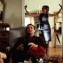 Numa cena do filme Beleza Americana (de Sam Mendes, 1999), com  Annette Benning