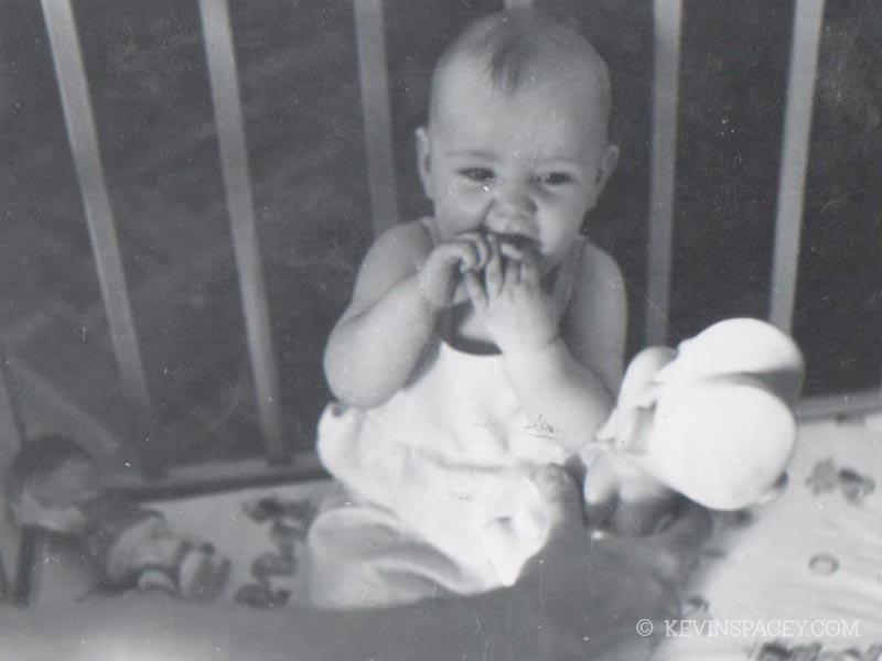 Kevin Spacey com um ano
