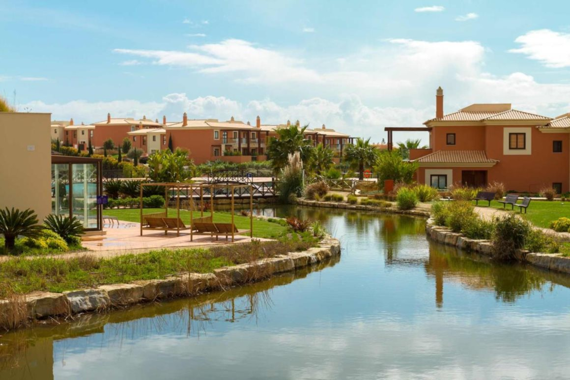 Monte Santo Resort (Algarve): Melhor hotel da Europa, Hotel património, Hotel de residências, Hotel de suítes, Melhor suíte (Penthouse Suite), Resort, Resort familiar, Resort Fully Integrated, Lifestyle Resort, Resort romântico