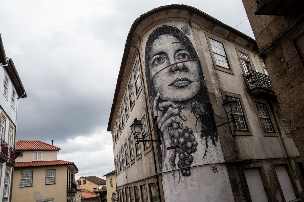 Desde o ano passado que o Tons de Primavera inclui um festival de street art dedicado ao vinho e à Primavera