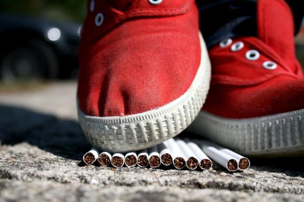 Oito em cada dez adolescentes querem deixar de fumar, mas não pedem ajuda