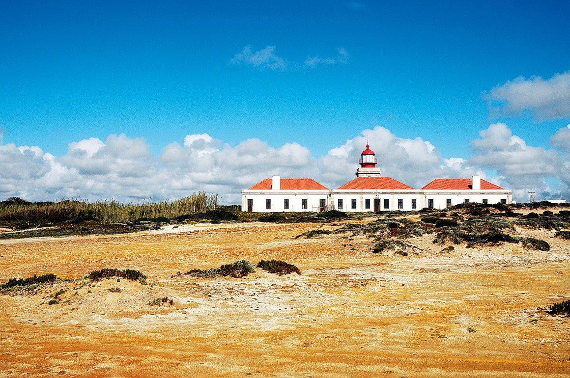 18. Cabo Sardão