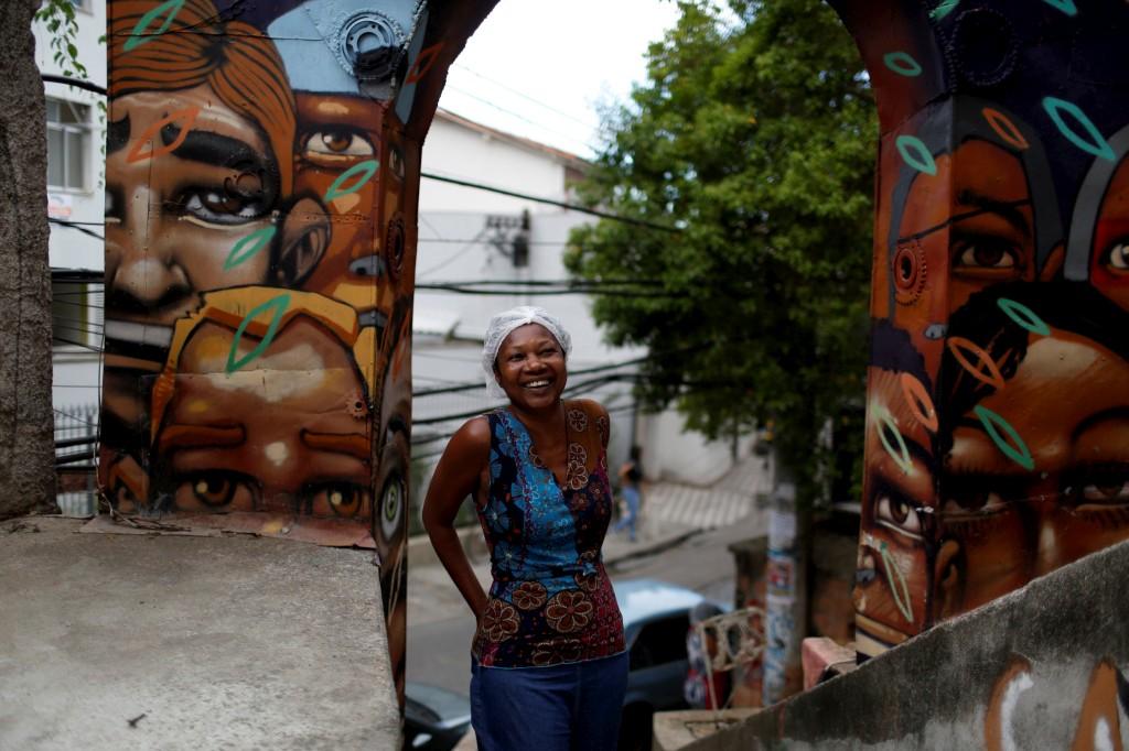 Lígia, proprietária da Pousada Favela Cantagalo