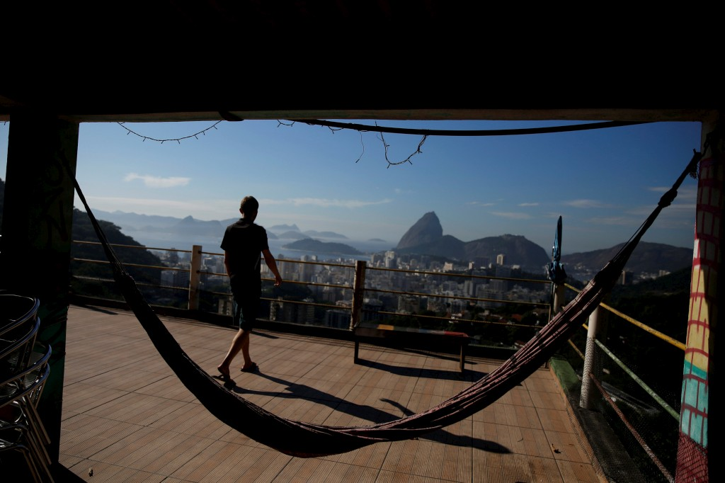 Pousada Favelinha na  favela Pereira da Silva