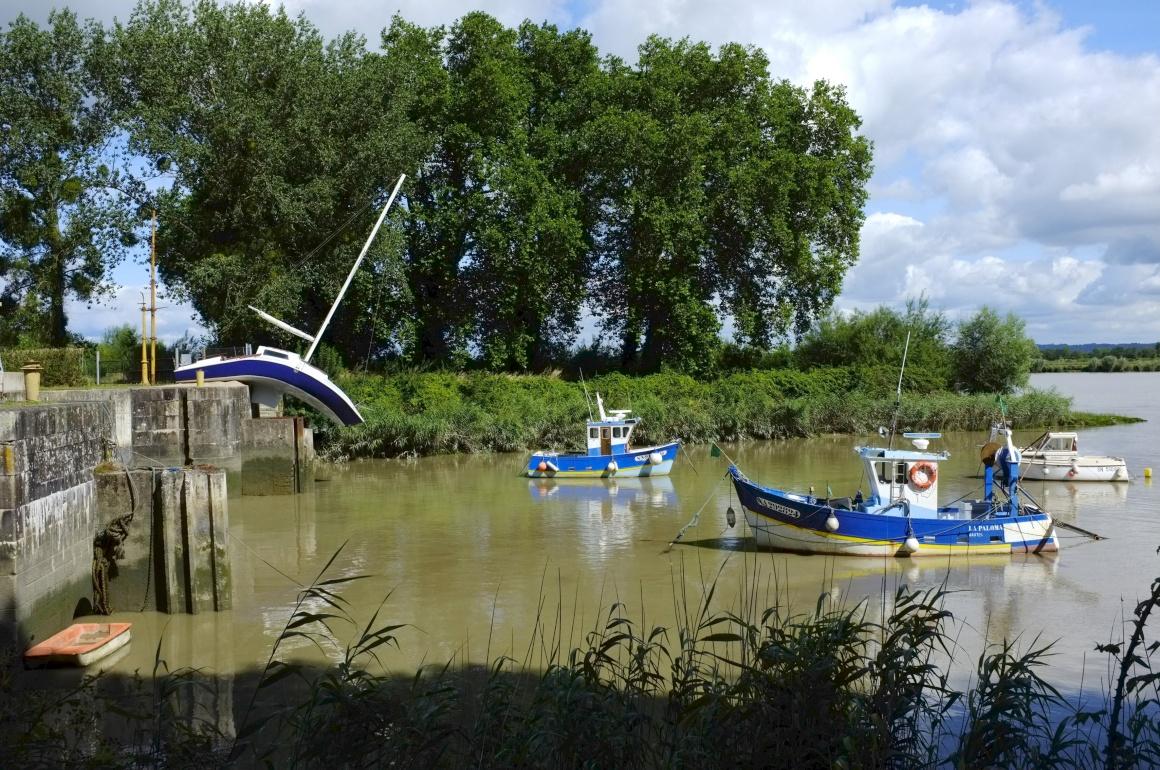 Erwin Wurm, Misconceivable, Canal de la Martinière, Le Pellerin - Estuaire 2007