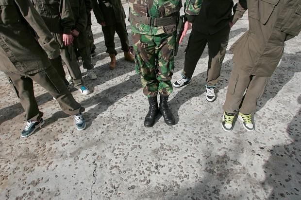 Kalashnikov agora também é uma linha de roupa